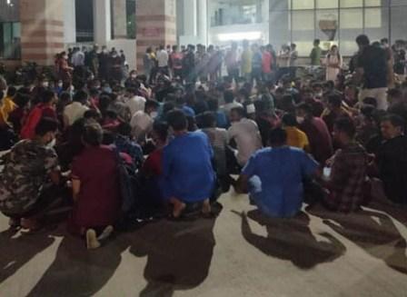 ब्रेकिंग: एम्स ऋषिकेश में नर्सिंग ऑफिसर्स के बीच मारपीट, धरने पर बैठा एक पक्ष