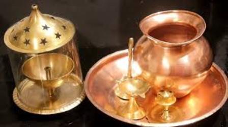घरेलू उपाय: जानिए तांबे और पीतल के बर्तनों को कैसे चमकायें