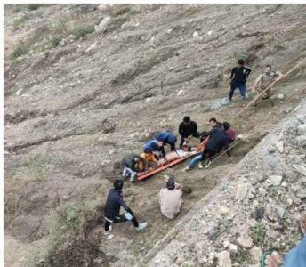 बद्रीनाथ से दर्शन कर लौट रहे यात्रियों की कार दुर्घटनाग्रस्त, 3 की मौत